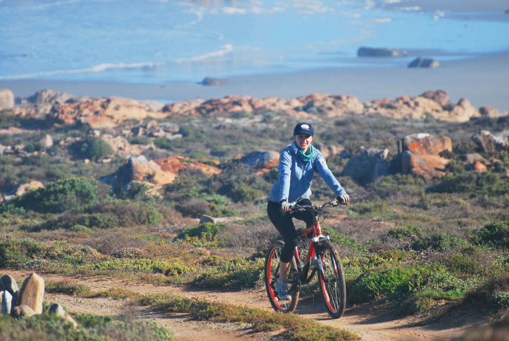 Mountain biking in Namaqua by Bjorn Backeberg